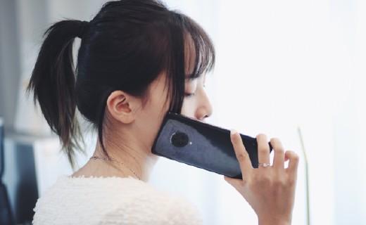 """屏幕棒、配置強、拍照好,這款手機完全符合""""旗艦""""定位"""
