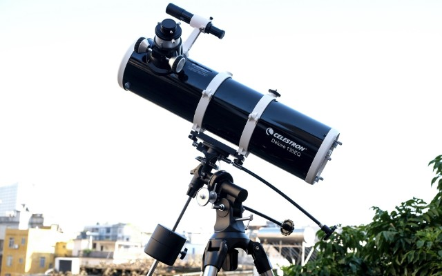 不用去天文馆,在家也能陪妹子近距离看?#20999;?— 星特朗Deluxe 130EQ天文望远镜体验