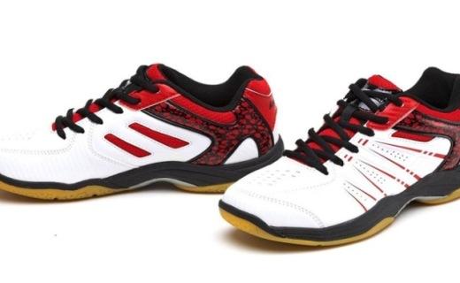 川崎 K-063羽毛球鞋:性價比入門級款式,輕質緩震腳感好