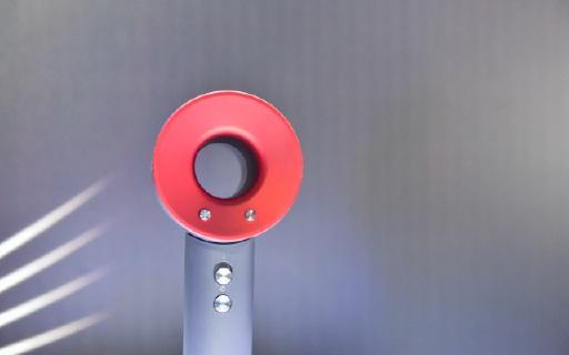 戴森Supersonic吹風機:除了顏值和設計,還有呵護你秀發的黑科技
