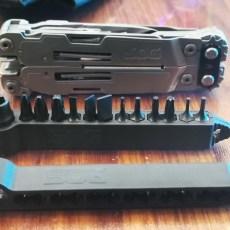 第一次见带改锥的多能刀?#26680;?#26684;SOG PA2001多功能工具钳