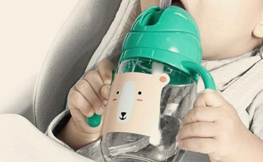 babycare B2700學飲杯:Tritan材質,單向進氣不漏水防脹氣