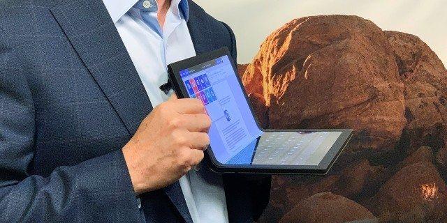 「新东西」全球首款折叠电脑来了!你最想知道的上手体验,我们都试了