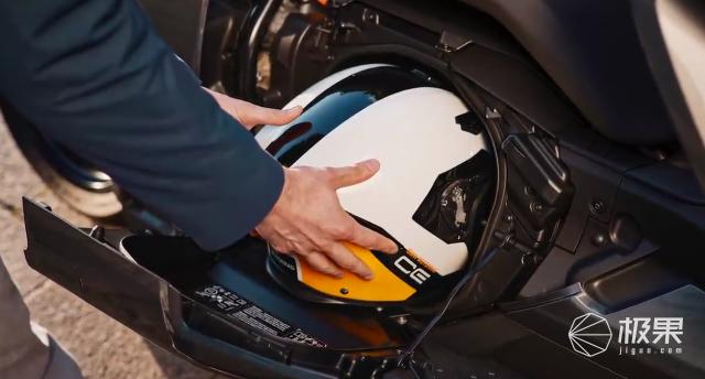宝马又搞事情!超科幻电动车要量产,售价10万起,明年就能买