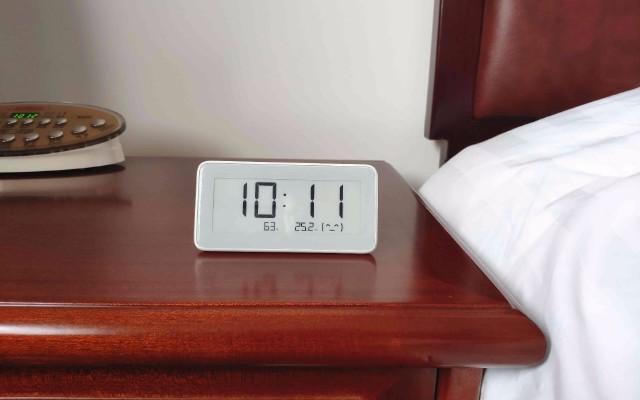 顏值頗高、精準監測、知冷暖懂干濕的米家溫濕監測電子表