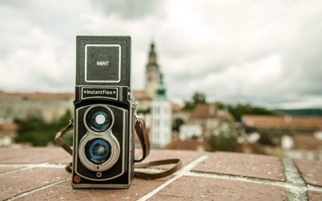 復古與現代技術結合,是相機更是時間記錄儀 — Lomography Lubitel 166+ 復古拍立得相機體驗 | 視頻
