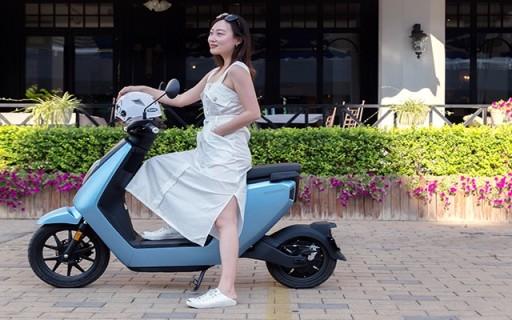 「万博体育max下载」环球旅行博主夏日骑行,带你开启轻奢精致慢生活!