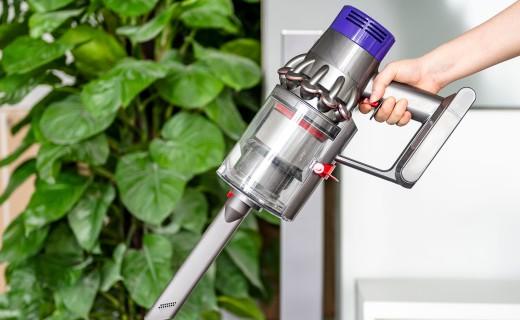 戴森V10吸尘器上手体验:续航提升超全清扫对策,毛发和污垢最大天敌!