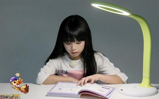 腾讯儿童智能台灯