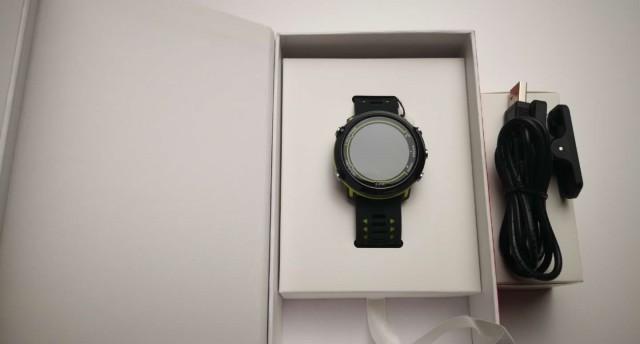 为跑步而生? | 宜准E2光心率GPS跑步手表开箱短评