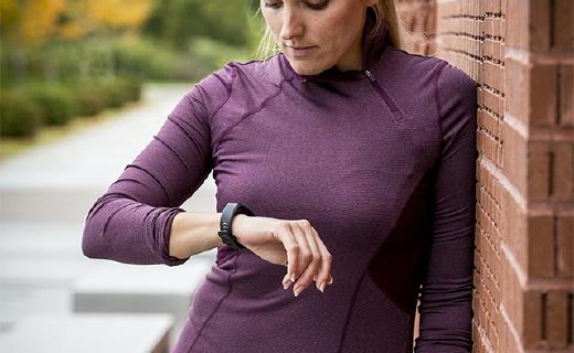能监测心率的智能手环,自动适配你的运动方式