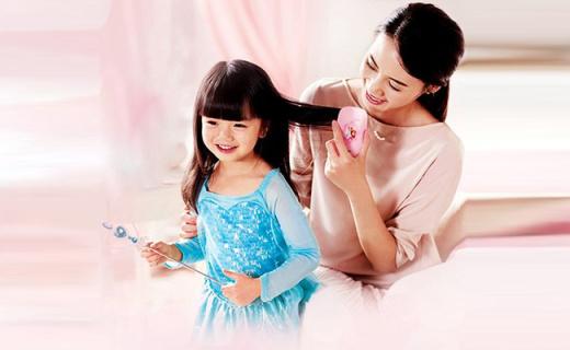 飞利浦儿童发梳:负离子减少静电,减少宝宝头发拉扯