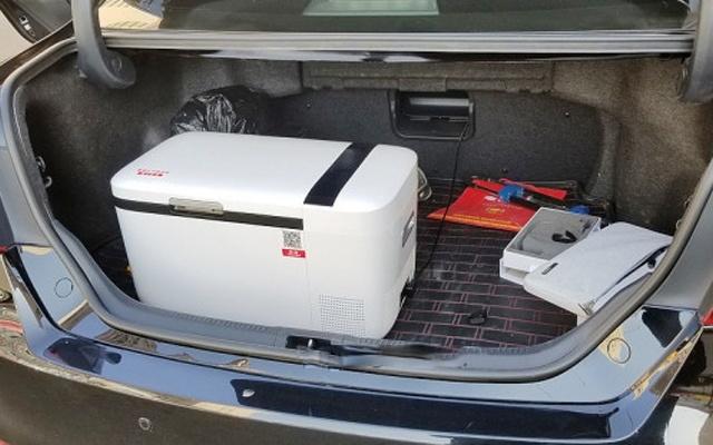 -18℃快速制冷,智能控溫車載冰箱的不二之選 — 英得爾雙溫雙控智能車載冰箱體驗
