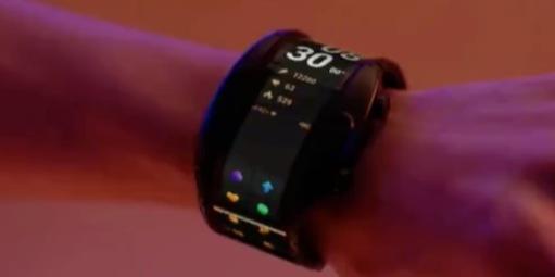 努比亚Alpha真机上手:首款可穿戴柔性手机,万博体育max下载到底咋样?