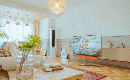 年輕人的客廳潮物:能吃雞、能修圖,表現超群,旋轉智屏讓你嗨翻天!