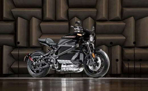 哈雷LiveWire電動摩托車明年上市,全鋁車身,4秒破百!