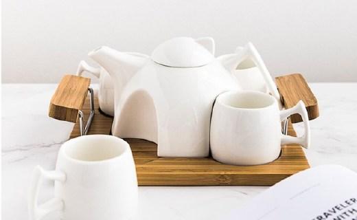 奇居良品茶具套装:镁质陶瓷明亮光滑,竹木托盘方便易拿