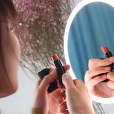 美妝潮流·時尚互動 斐色耐LED化妝鏡
