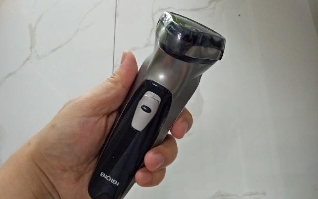 剃須不求人,50元不到的三頭剃須刀體驗