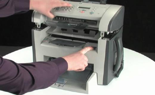 惠普LJP M1005一体机:10秒首页输出,优先进纸重要文件不必等