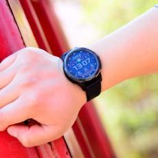 一款?#29273;?#25163;机使用的手表,Jeep智能全境界腕表,4G全网通