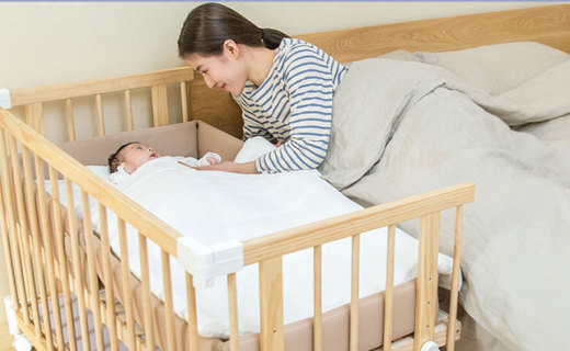 BSCR多功能嬰兒床:圓潤打磨無銳角,翻轉可成小書桌