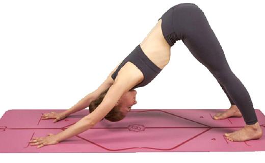 這款帶定位圖的瑜伽墊,據說防滑性NO.1