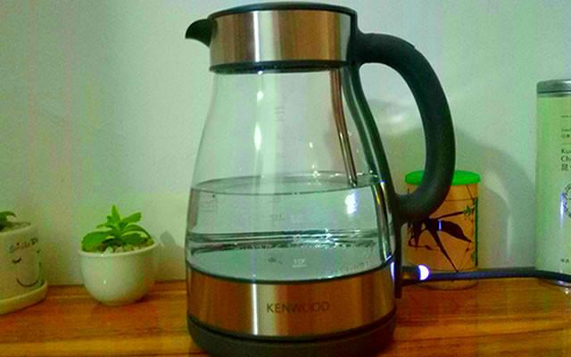 凱伍德玻璃電水壺體驗:安全健康飲水,享受品質生活