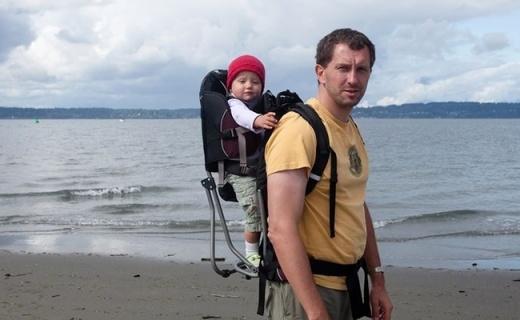 LittleLife Cross婴儿背带包:奶爸也能熟练用,适用6月到3岁儿童