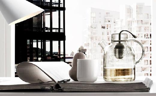 最美茶壶诗意满,透明壶身载悠然