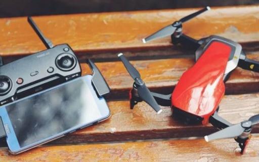能装进口袋的无人机,性能强悍飞行令人惊艳 — 大疆 Mavic Air无人机评测 | 视频