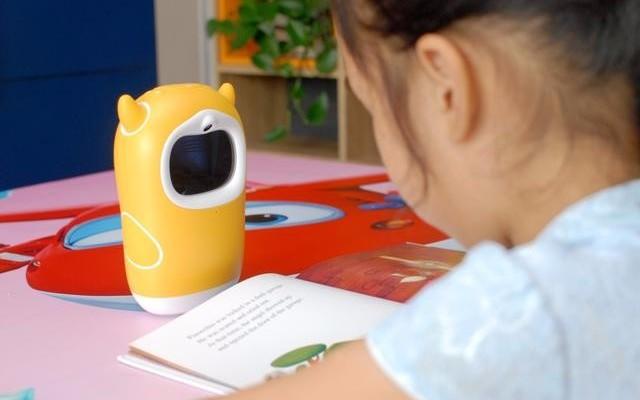 陪伴孩子成長學習的好伙伴:牛聽聽兒童智能熏教機新品讀書牛