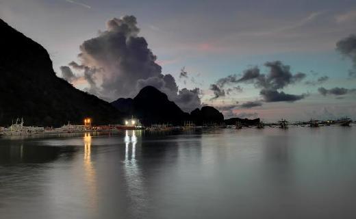 奇幻美景不只是菲律宾的海边落日,还有你的理想!荣耀20 PRO来记录!