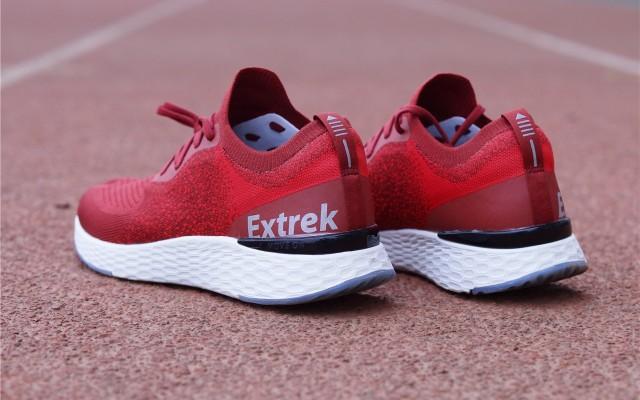 「超逸酷玩」穿上天越COOLMAX飞织跑鞋?#40644;?#26469;运动