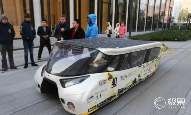 太阳能房车即将上市!晒下太阳续航730公里,特斯拉也眼馋…