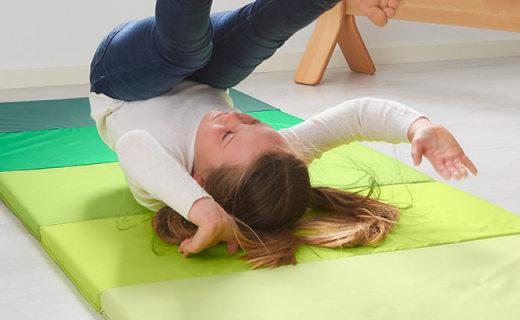 宜家普魯希系列健身墊:折疊易設計收納,泡沫填充舒適柔軟