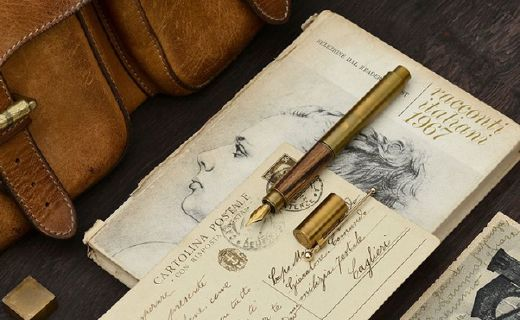 意外设计时光钢笔?#22909;?#36149;?#30340;?#20248;质黄铜,精细笔尖严谨工艺