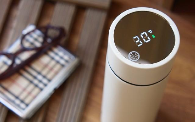 可以顯示水溫的保溫杯,新尚智能不銹鋼真空保溫杯體驗