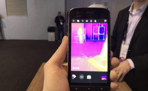 自帶熱成像儀!日企發布能測量體溫的智能手機,售價約8000元