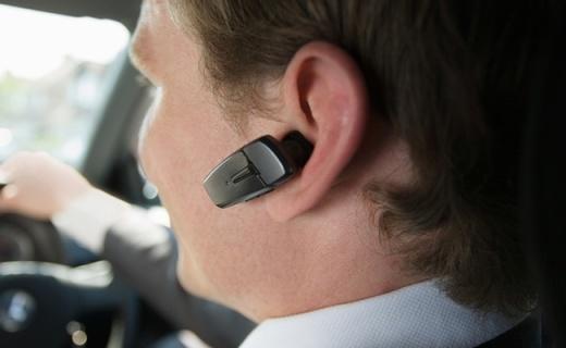 老司机上路必备丨这些蓝牙耳机不用手就能接听电话