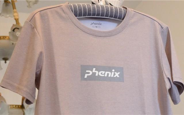 除臭速干,透氣舒適:Phenix 速干T恤體驗