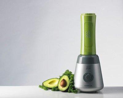 凯伍德SMP060多功能料理机:点动设置快速搅拌食物,不锈钢刀头坚固耐用