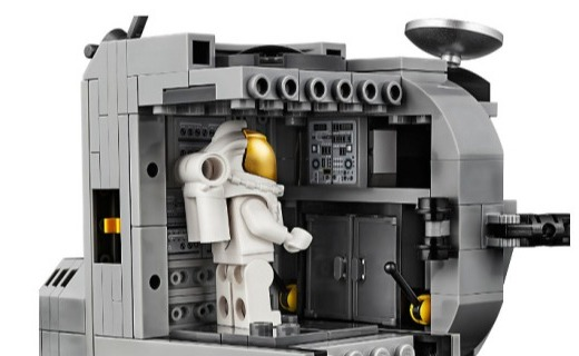 「新东西」为纪念登月任务 50 周年,乐高推出阿波罗11登月积木套装