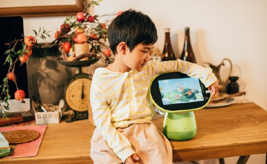 「體驗」還在報英語學習班?這款英語AI機器人,給寶寶創造最好的英語環境!