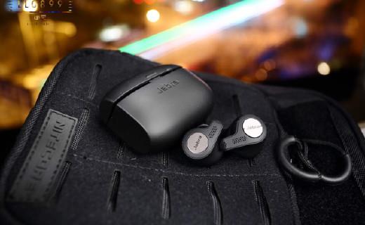 丹麦老牌耳机:蓝牙耳机诞生到现在,用简单?#30475;廒故?#38899;乐