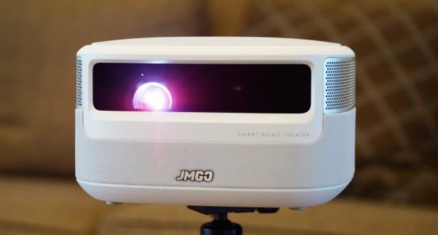 家用投影怎么选?附坚果 J9小型投影仪开箱测评
