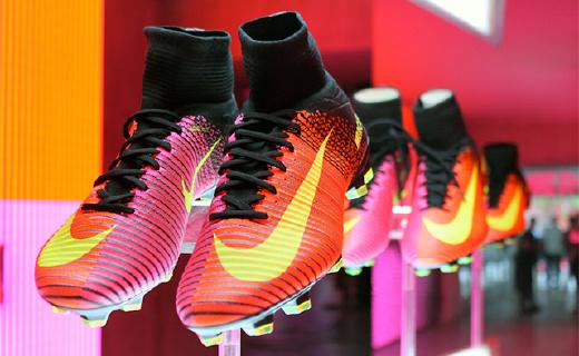 超强抓地力Nike球鞋,C罗般控球让你轻松过人