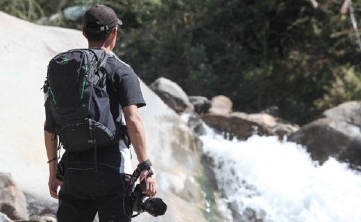 一只戶外攝影狗的蝶影背包,其他攝影包可以扔了