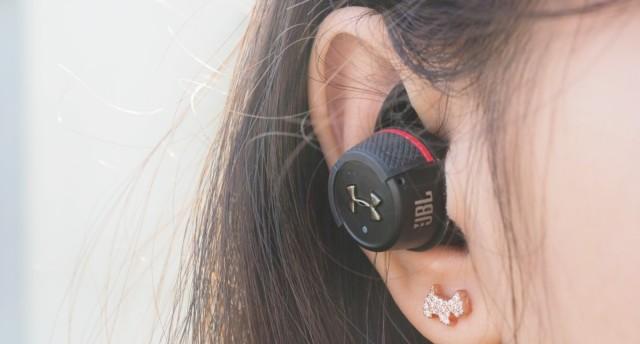 锻炼最佳音乐伙伴,专为运动而生 | JBL UA FLASH 真无线运动耳机测评
