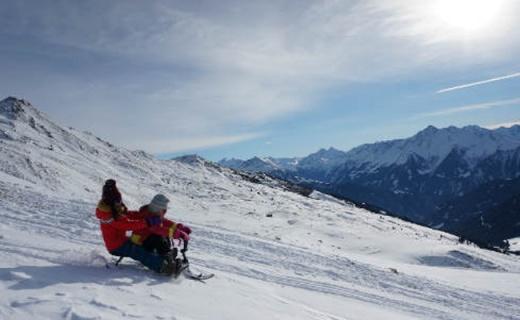 Stiga双人雪橇,不会滑雪也能浪得飞起